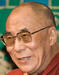 Dalai Lama Image source: Luca Galuzzi - www.galuzzi.it