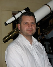 Geraint Lewis Image source: Australian Scientists